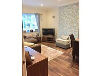 Lovely 2 Bed Ground Floor Flat - 2 mins walk to Westbourne
