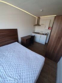 Fabulous Bedsit with own shower & toilet including all bills near Brixton tube