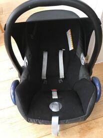 MaxiCosi Group 0 car seat