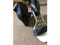 New Look Black & White sandals size 5