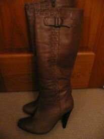 Ladies Tall Leather Boots