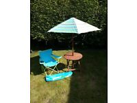 KIDDIES PICNIC TABLE AND CHAIR