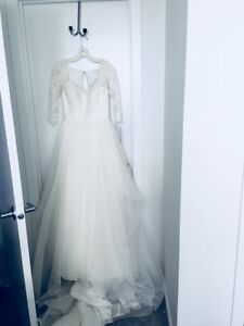 Wedding Dress - Never Worn, still has tag on it!