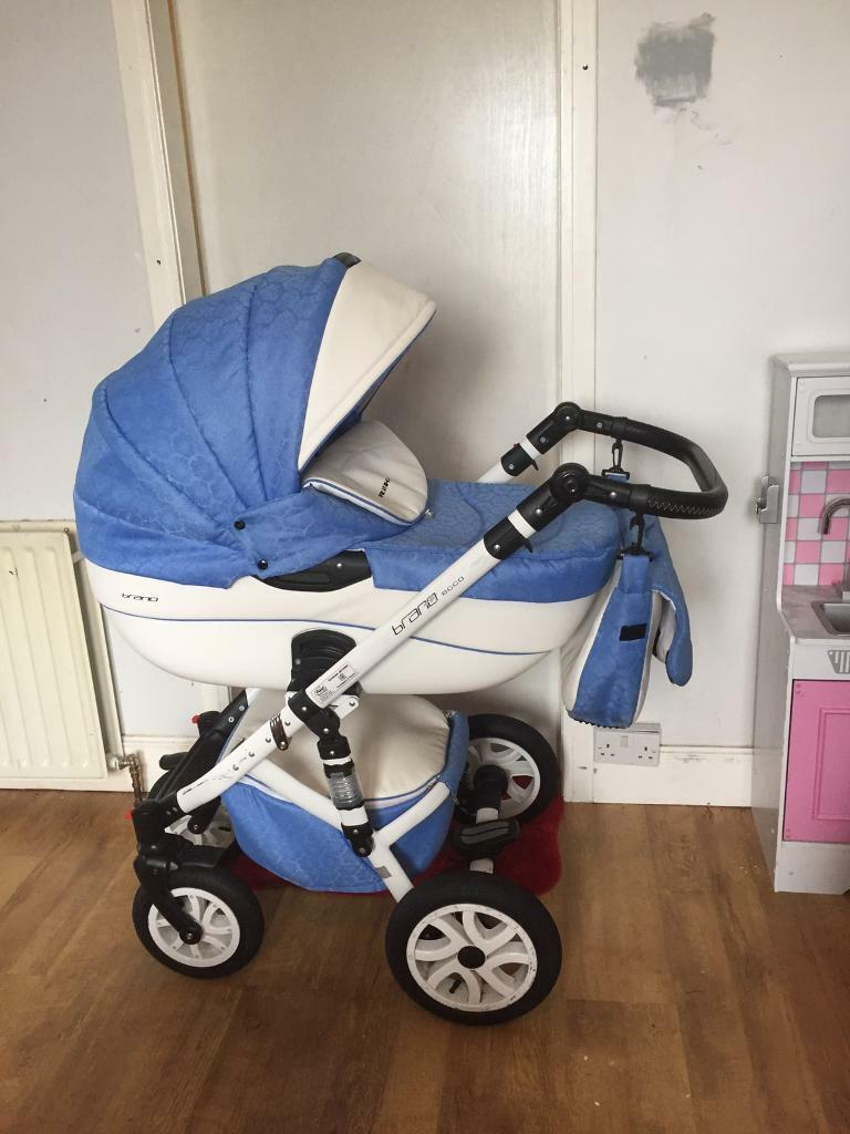 3 in 1 Pramin AberdeenGumtree - 3 in 1 pram with car seat and pushchair insert. Comes with rain cover pram gloves changing bag and fly net. Good condition £150 Ono