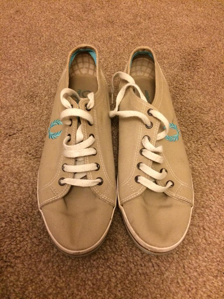 Fred perry cream pumps 6