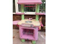 Children's play kitchen - ELC
