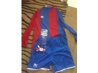 Mens full team football kit