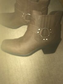 Brand New Ladies Boots For Sale