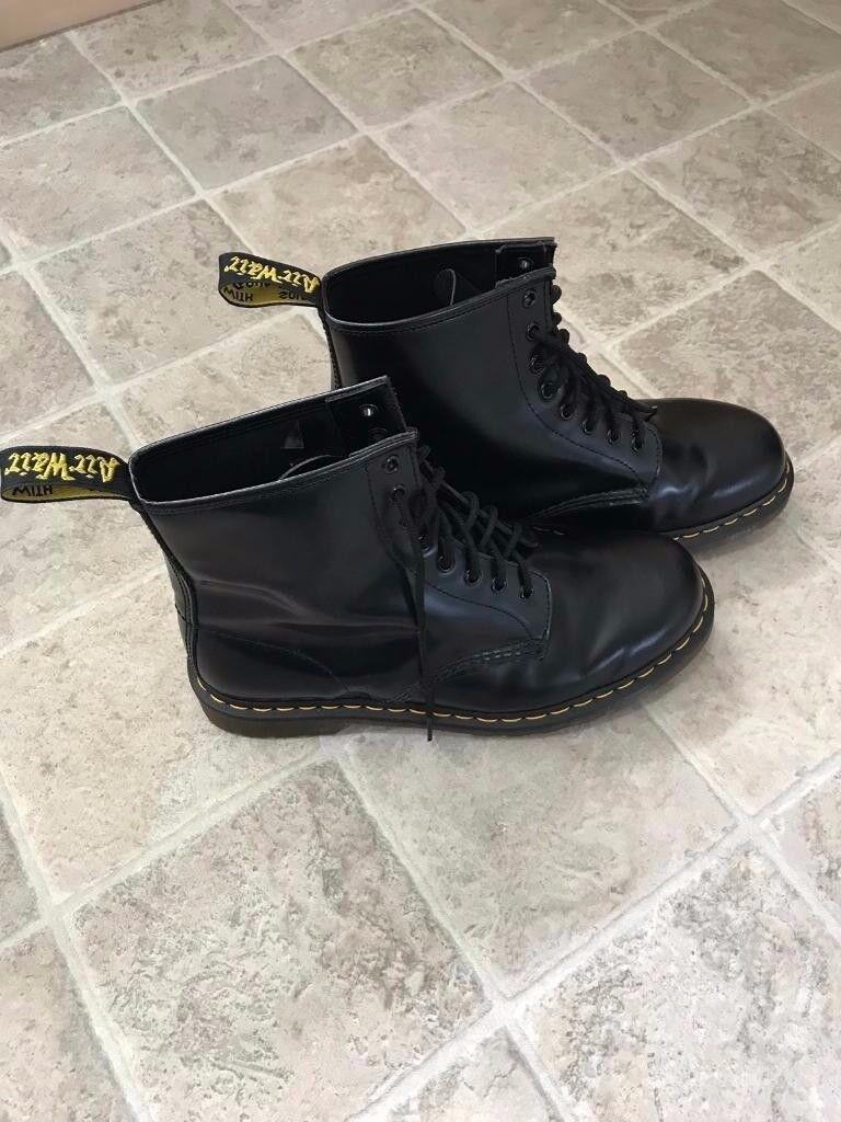 Men's Black Doc Martens Size 9