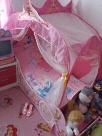 Disney Princess bed frame + canopy, bench and tv