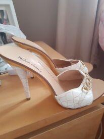 micheal antonio heels