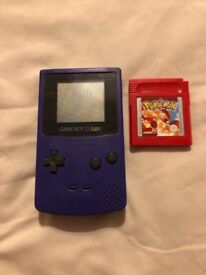 Gameboy colour with 13 games including Pokemon red, yellow and blue versions