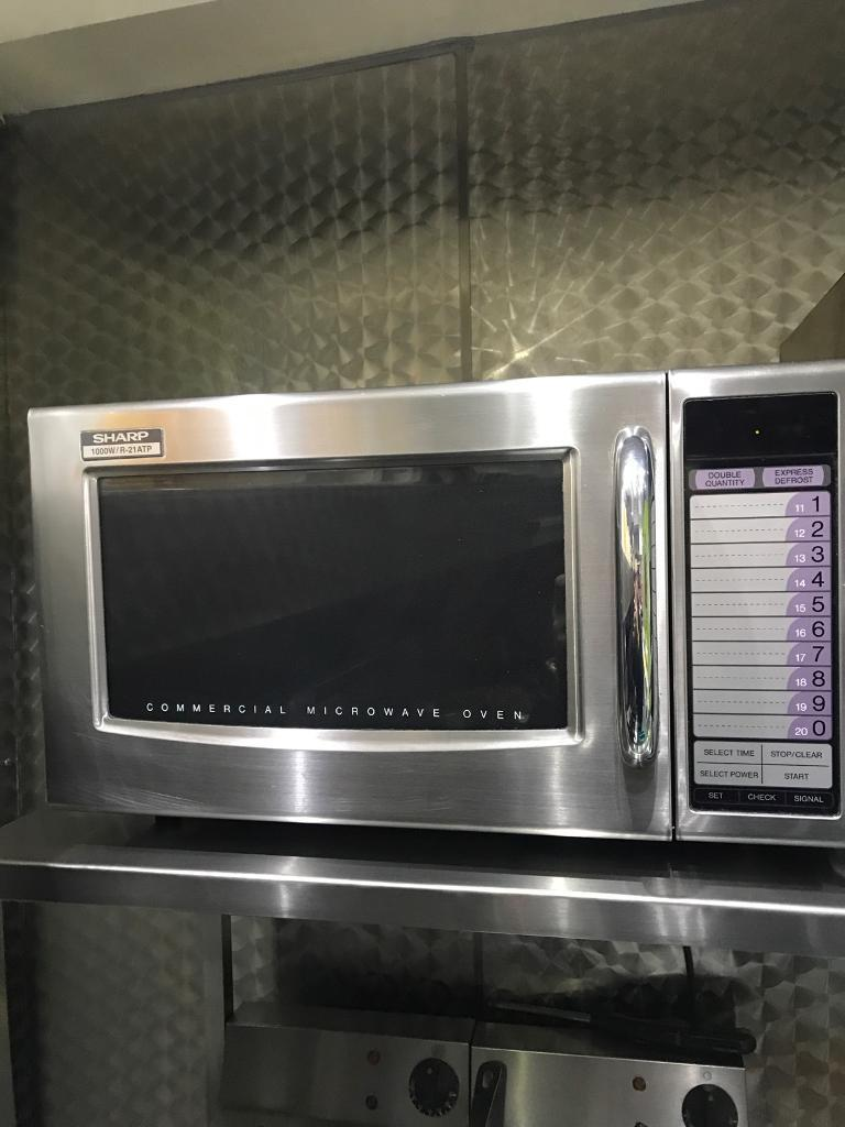 sharp commercial microwave 1000w | in Sutton, London