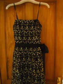 Beautiful Black and Gold Evening Dress Size 10