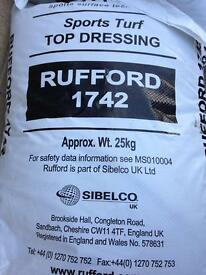 kiln dried sand and sports turf top dressing