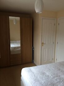 Furnished Double Room Headington Mon-Fri £450pm (bills inclusive)