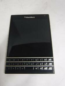 Blackberry Passport (Unlocked) - We Buy and Sell Pre-Owned Smart Phones - 113398 - CH623404