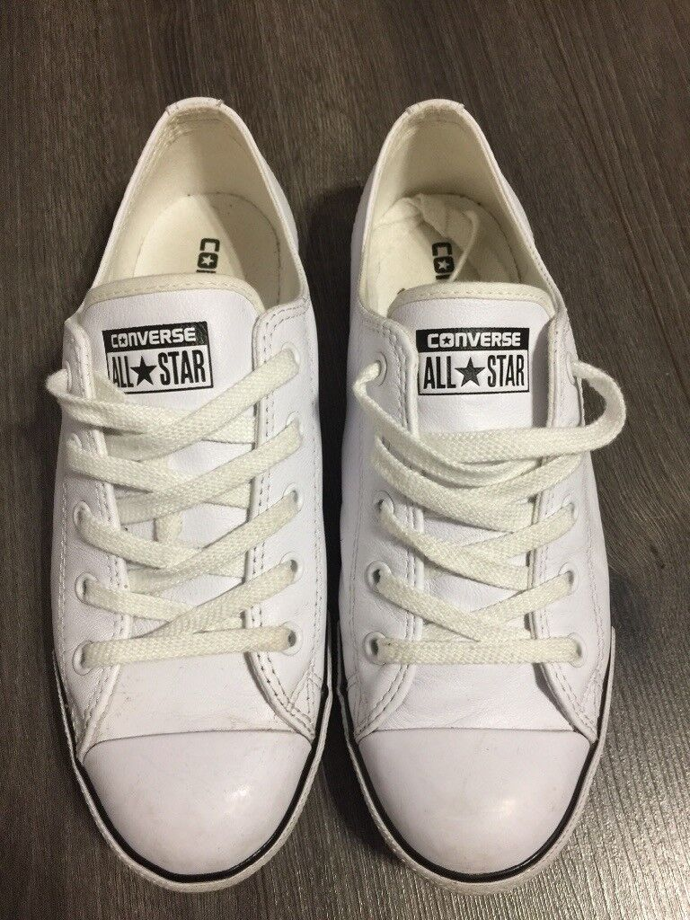 8a418a86d05e Women s White All Star Dainty Converse Trainers size 6