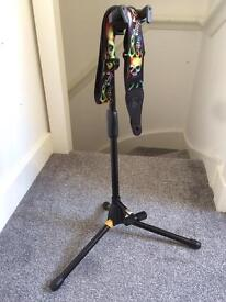 Hercules quick lock guitar stand and levys strap
