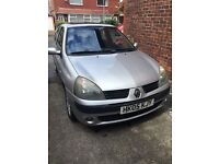 Renault Clio 1.2 petrol 05 plate