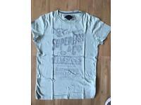 Superdry t-shirt size medium 100% cotton