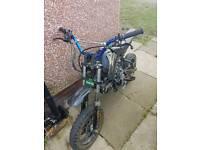 Cheap pitbike not quad/crosser/field bike