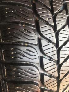 175/65/15 Pirelli snowControl 7-8/32 + rims 15 pouces original Mini Cooper + hub caps