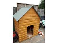 LARGE DOG KENNEL WITH LIFT UP LID TO STORE ITEMS