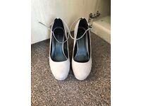 Lilac/grey heels