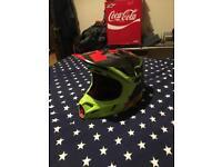 Fox v4 helmet