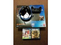 PS4 + 2 pads + 8 games + headset