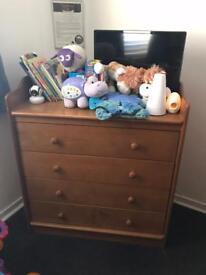 Drawers for nursery