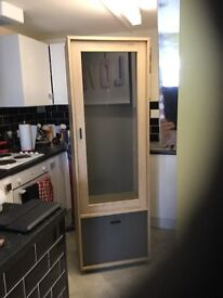 Wall cabinet £40