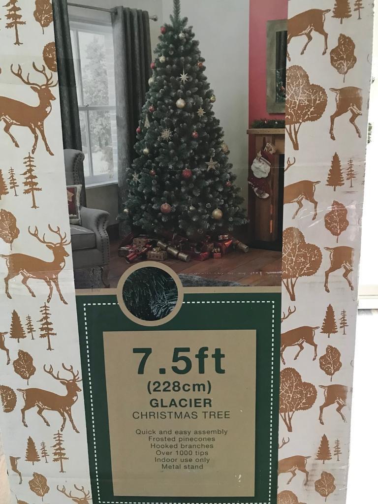 Christmas tree 7.5ft glacier