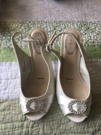 Dress Heels size 4