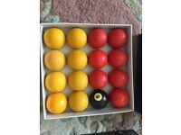 Pool ball set