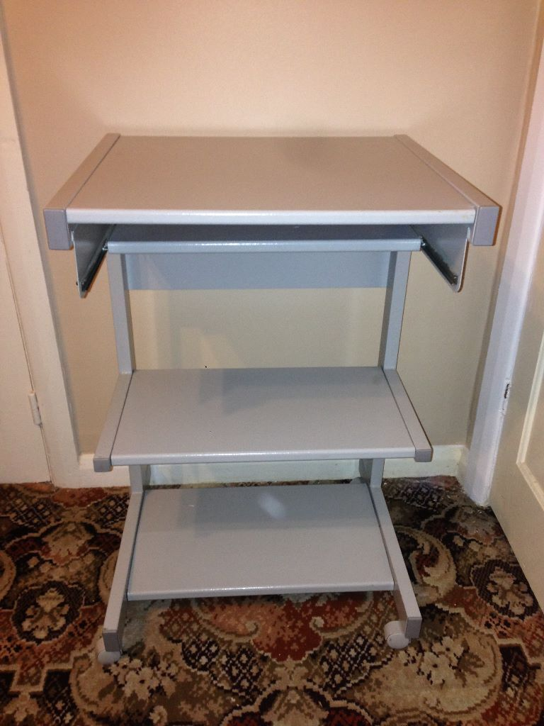 Metal Computer Desk With 2 Shelves And A Pull Out Key