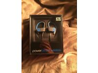 Powerbeats 2 Wireless Headphones