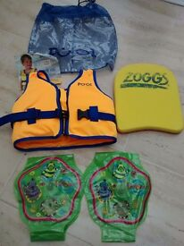 Swim vest 2-4 years, perfect condition. Float and arm bands included