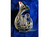 Holton F/Bb French Horn