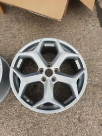 Ford Focus ST Mk3 alloys ( 18inch) MINT