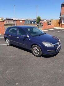 Vauxhall Astra 1.4 Life 5 door mot till Nov