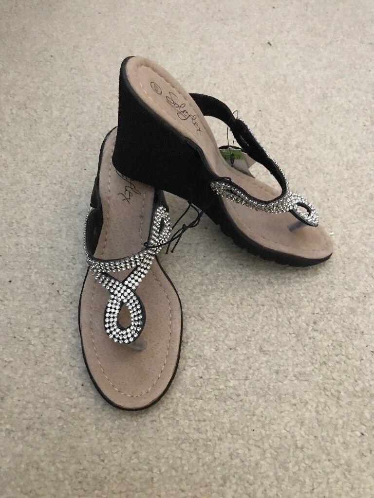 0cf07240a BNWT Ladies Matalan black sparkly wedge shoes