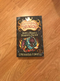 HOW TO TRAIN YOUR DRAGON [HOW TO STEAL A DRAGONS SWORD] PAPERBACK
