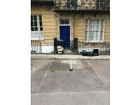 Private parking space in Clifton available
