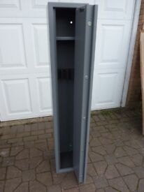 Brattonsound SS5+ Gun Safe/Cabinet with 203mm shelf
