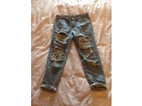Boohoo Gemma all over ripped 7/8th jeans, size 10