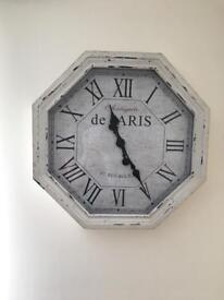Gorgeous rustic style clock