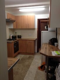 Double and Single Rooms available for Rent