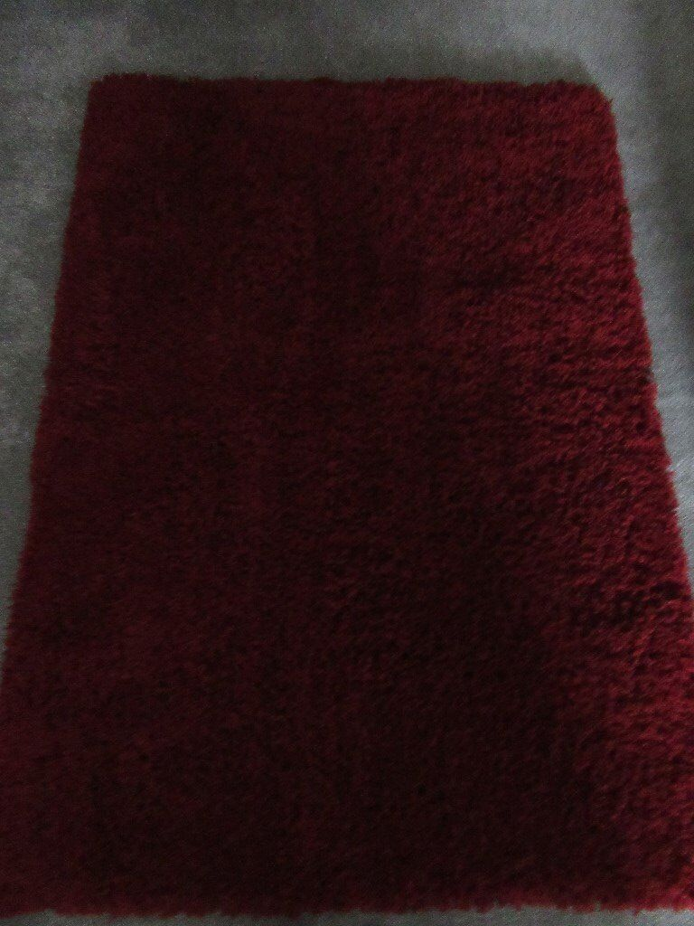 DEEP RED (WINE) SHAGGY RUG 120x 170 cm BRAND NEW(Dunelm)